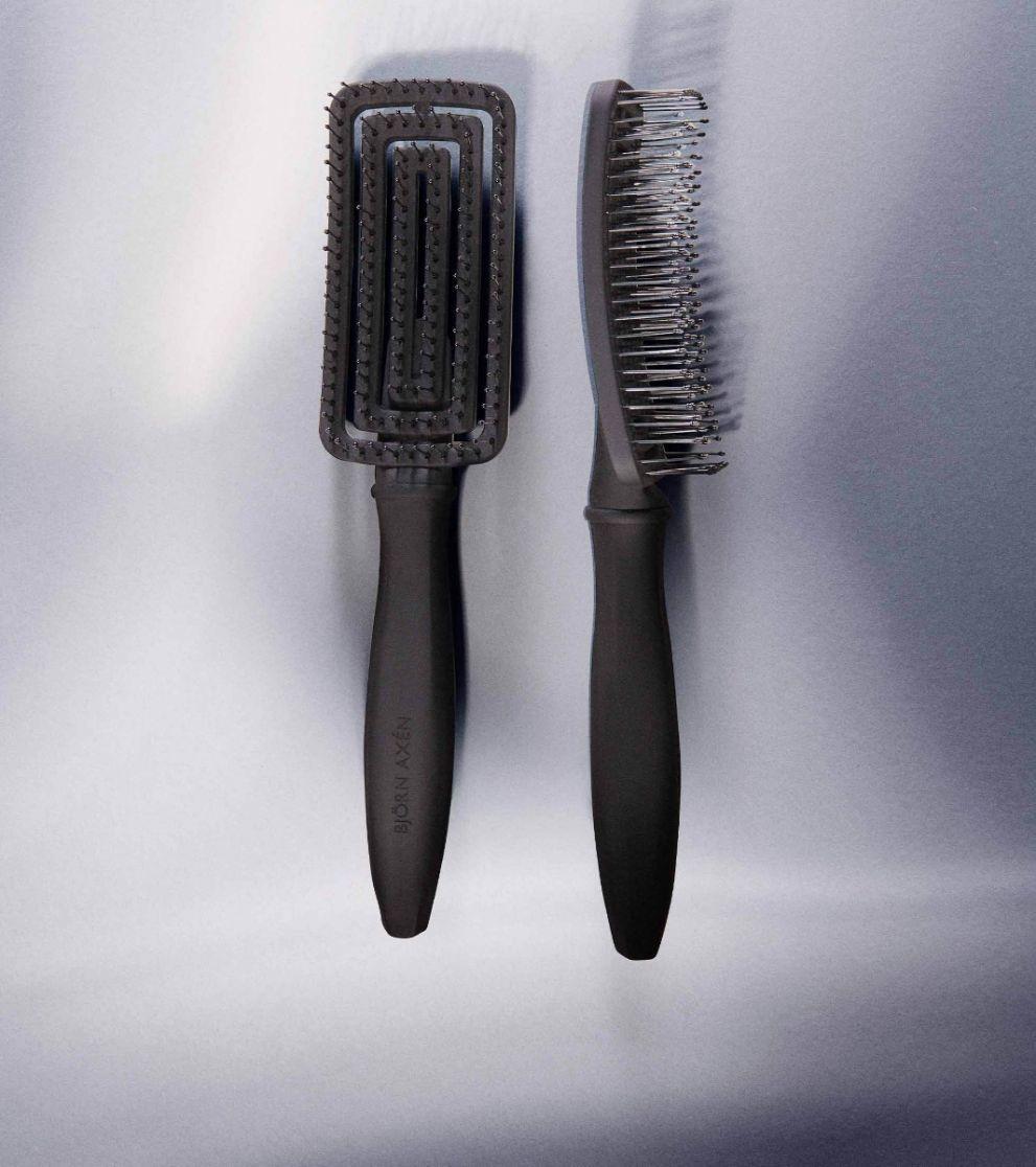 Wet Hair Brush Detangling & Blowout